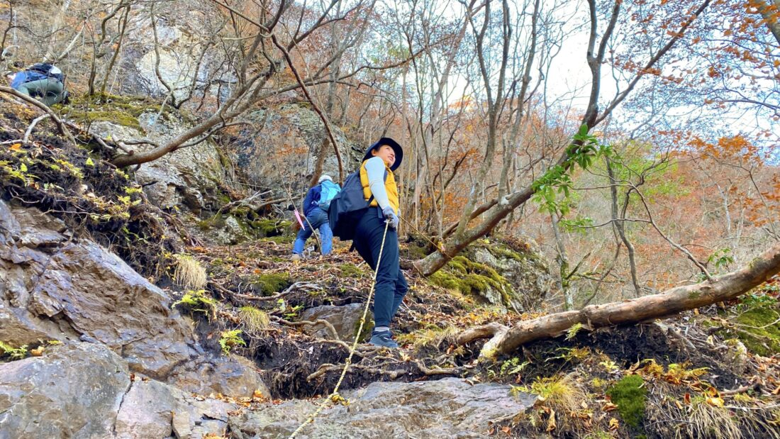 Fall Hiking in Uenomura: Mt. Kasamaru ropes