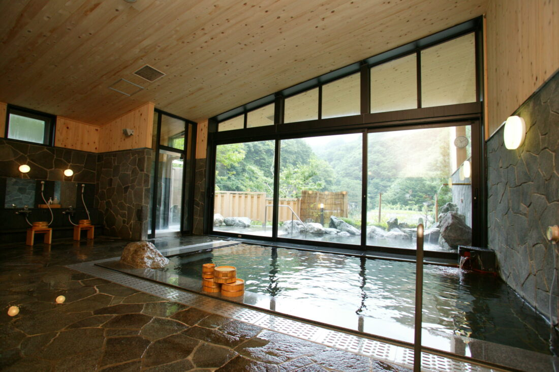 Experience Uenomura's Local Culture and History: Shioji no Yu Hot Springs